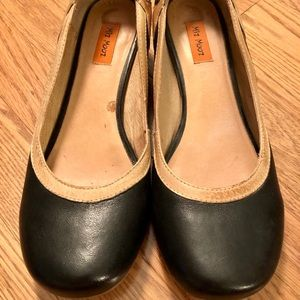 Mix Mooz Athena kitten heel, black leather, size 8